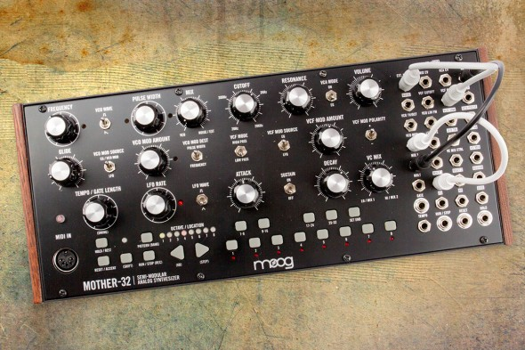 Moog Mother-32 Aufmacher