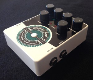 Electro-Harmonix Crash Pad Test: Trigger- und Aux-Input.