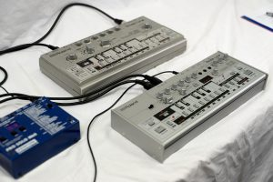 Roland TB-03 Testbericht: 303-Vergleich