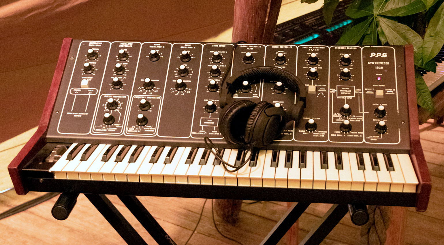 PPG Synthesizer 1020